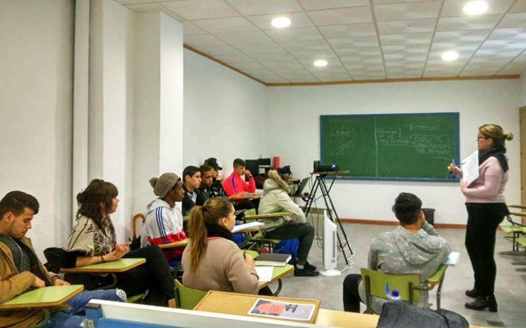 «La formación en el camino de la inserción social»