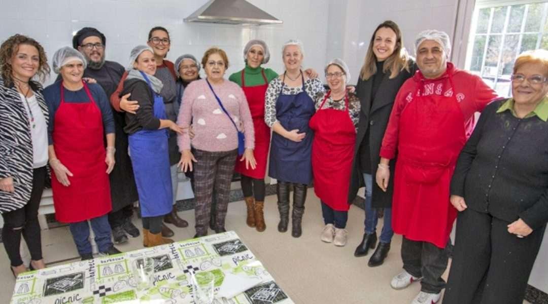 Un total de 40 personas se benefician de la segunda edición del proyecto 'Cocina familiar comunitaria'